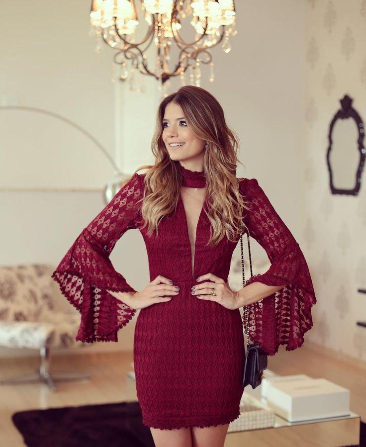 """{Marsala ❤️} Alguém me explica esse vestido @sublinimodas??  Muito amor! • #marsala #renda #parainspirar #blogtrendalert"""