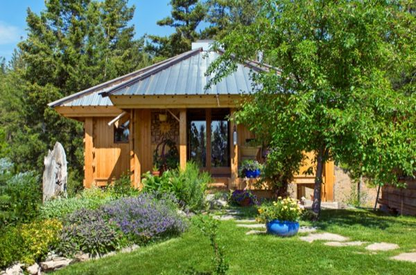 Quietude Cabin - $29,000 prefab cabin with a basement, deck, and 300 sq feet of interior space.