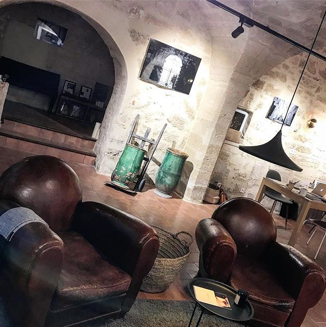 #styles10placevendomeparis #styles7ruepelisserieuzes #backatwork #immobilier #luxe  #prestige #france #provence #southoffrance #luxuryrealestate #luxuryhomes #luxury #realestateagent #realestate #realtor #broker #estateagent #estate #agent #moodoftheday #picoftheday #styles #uzes #office - posted by Styles https://www.instagram.com/stylesfr - See more Luxury Real Estate photos from Local Realtors at https://LocalRealtors.com/stream