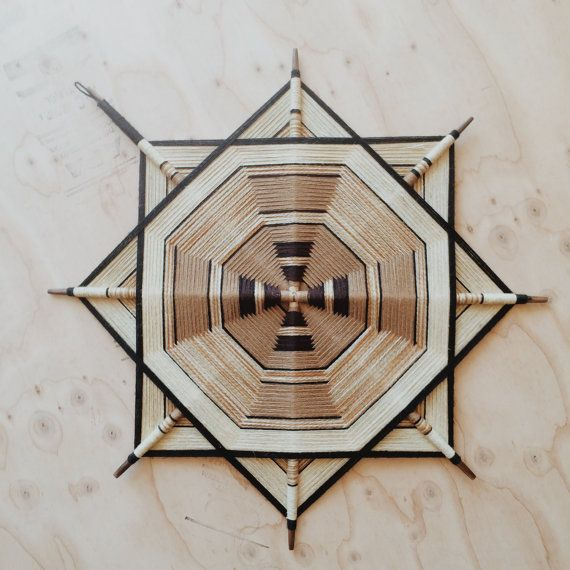 Vintage 70s GOD'S EYE Ojo de Dios FIBER Art by HawkeyeAndTrapper