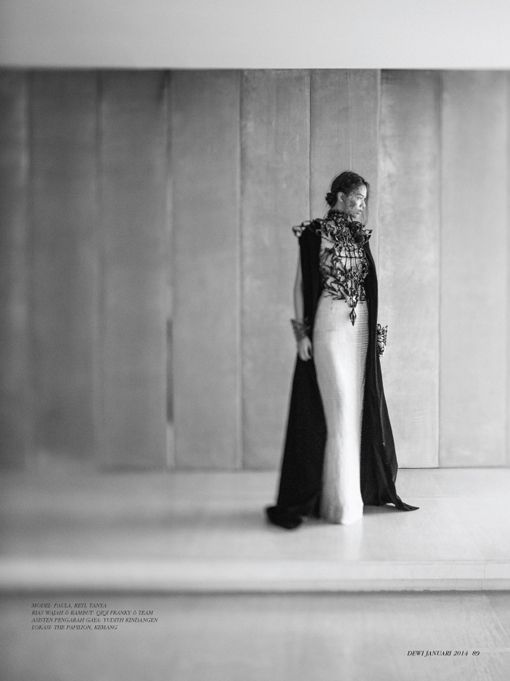 January 2014 - Dewi Fashion Knights : Exoskeleton, Stylist: Karin WIjaya, Photograph: Davy Linggar