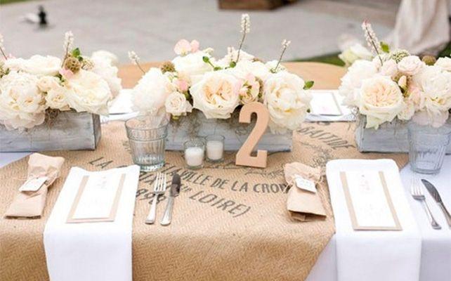 Скатерть из мешковины на свадьбе