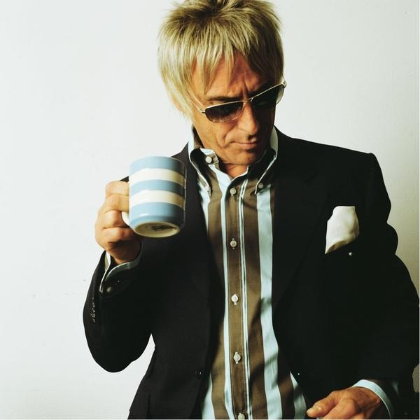 Paul Weller having a cuppa out of an original T.G. Green & Co. classic. Still so fantastically Mod!