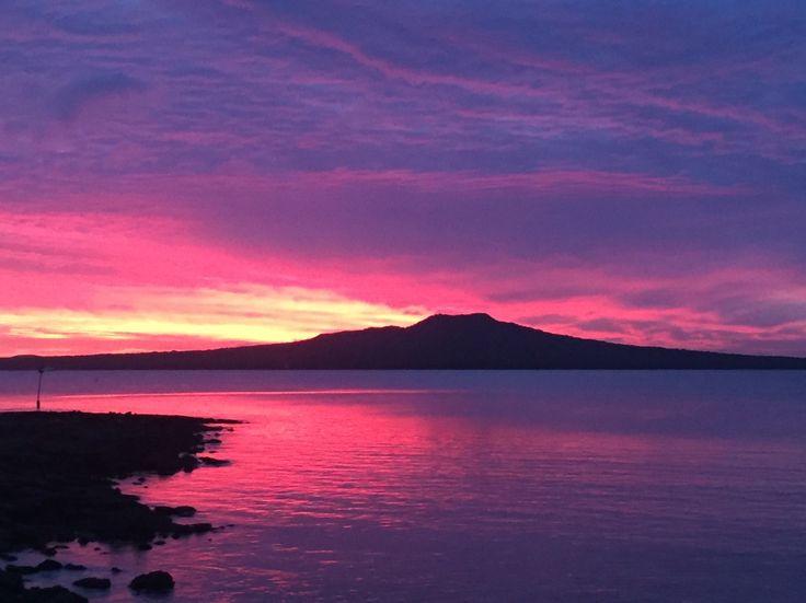 Purple day break over Takapuna Reef