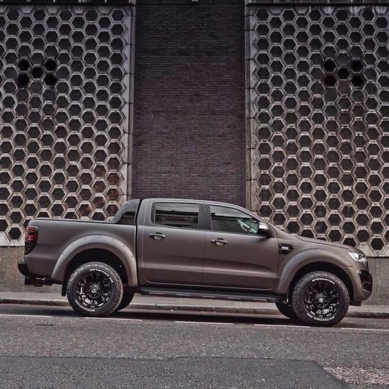 Deranged Ford Ranger