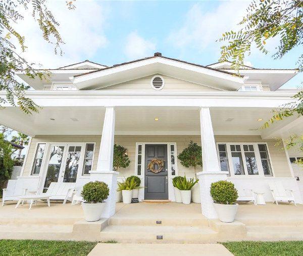417 best white houses images on Pinterest   Exterior houses ...