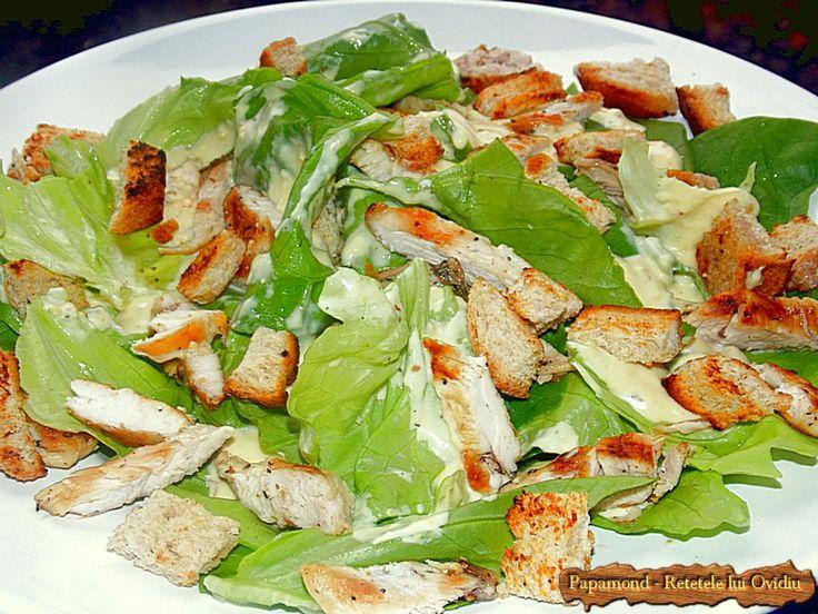 Salata Caesar își are originea in anii 20 ai secolului trecut, când bucătarul mexican, de origine italiană, Caesar Cardini, a preparat-o...