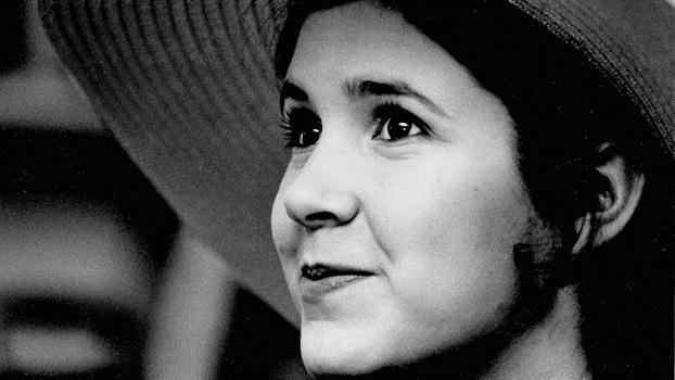 Murió la actriz Carrie Fisher, la princesa Leia de Star Wars  1973, Carrie Fisher de 16 años en Nueva York. Foto: AP / Jerry Mosey