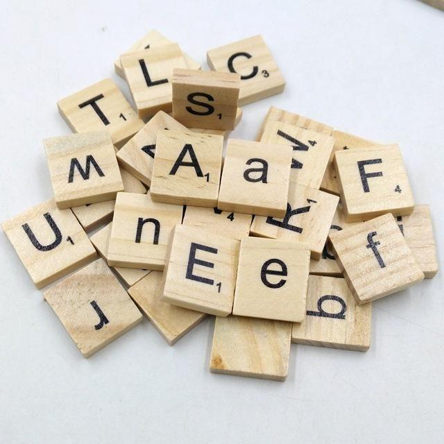 100 Teile / satz Englische Wörter Holzbuchstaben Alphabet Fliesen Schwarz Scrabble Buchstaben & Zahlen Für Handwerk