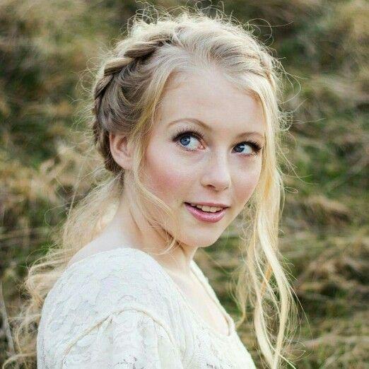 #seattlebridehair #hair #makeup #bride #wedding #boho #weddingparty #seattlewedding #makeupartist #hairstylist #editorial