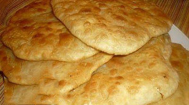 Μπελασία: Ποντιακά πιτάκια με κιμά