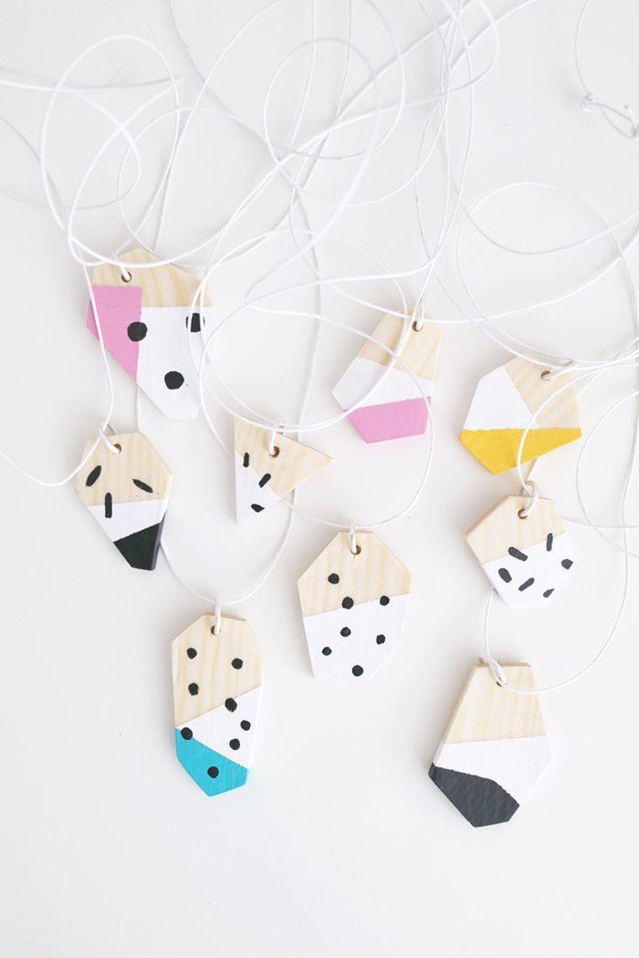 Luloveshandmade-DIY-gift-9-necklaces.JPG (700×1050)
