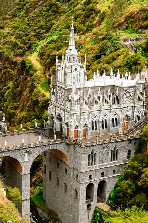 Las Lajas Sanctuary is a Roman Catholic basilica, near the Colombian city of Ipiales. It took 33 years to finish between 1916 and 1949 #Colombia