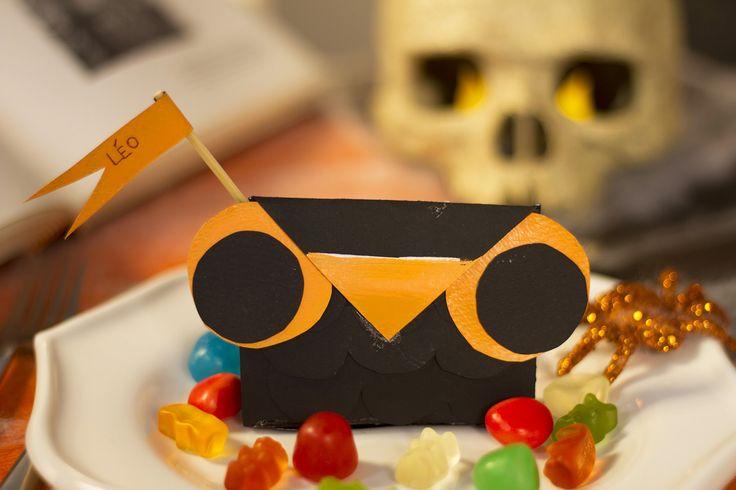 Une idée originale de marque-place pour Halloween, avec une tête de hibou !