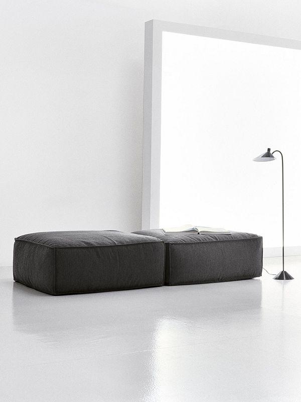 Peanut B sofa design by Mauro Lipparini