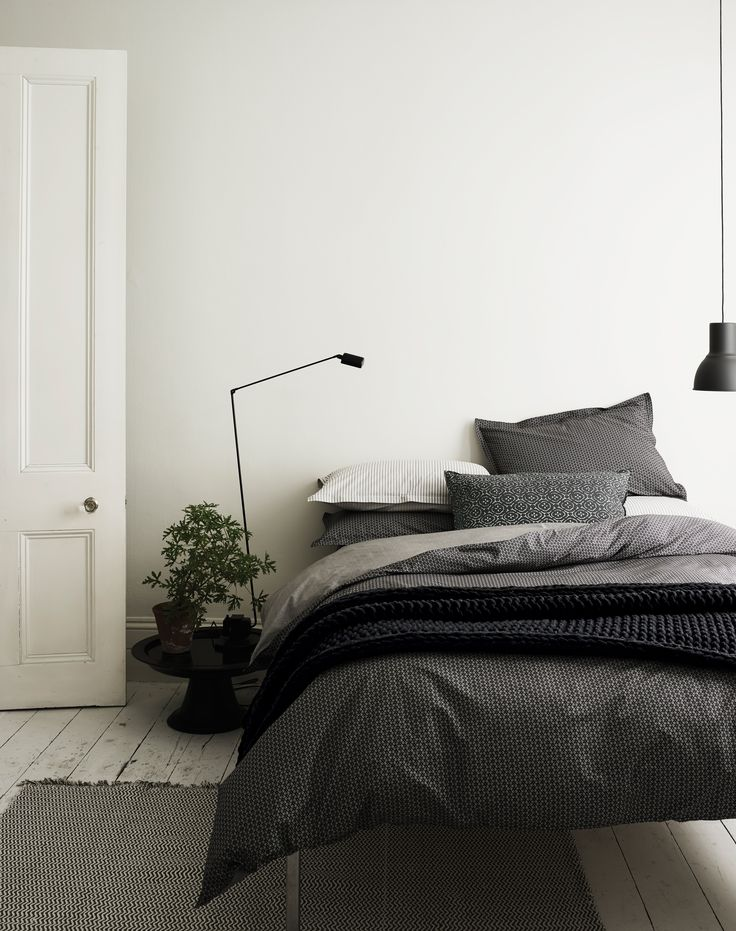 bedroom decor | grey bedding | simple Scandinavian bedroom | modern farmhouse home decor