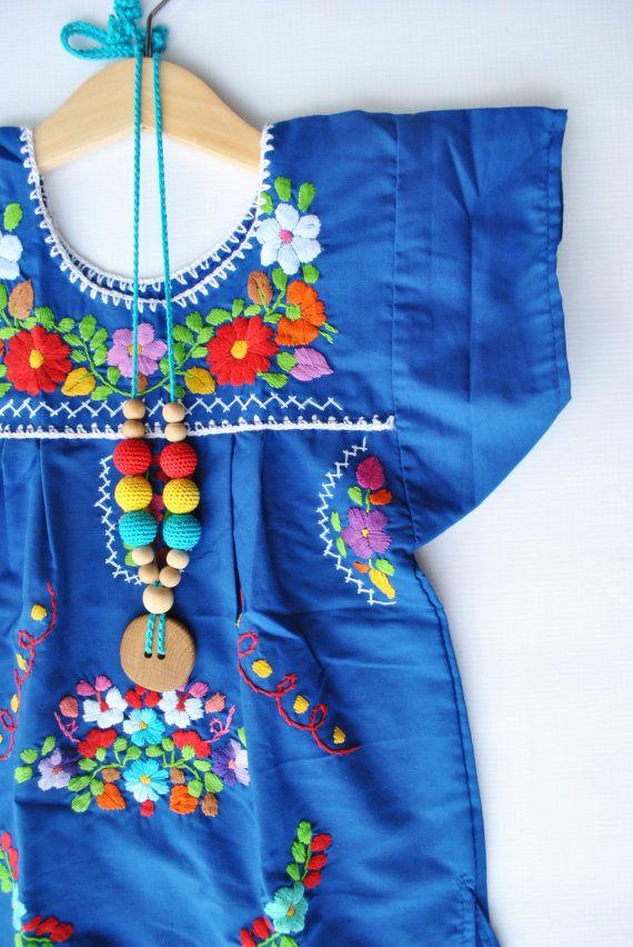 Vestidito mexicano.