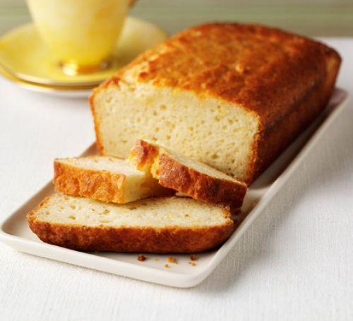 Sugar-free lemon drizzle cake