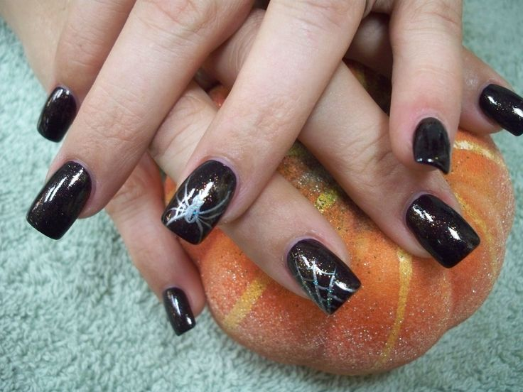 Black base with silver spider nails art design - 35 Best Spiders And Web Nail Art Images On Pinterest Halloween