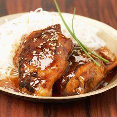Découvrez la recette Blancs de poulet sauce miel et balsamique sur cuisineactuelle.fr.