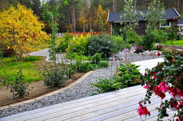 Hagen i skogen: Gangveier og stier i hagen