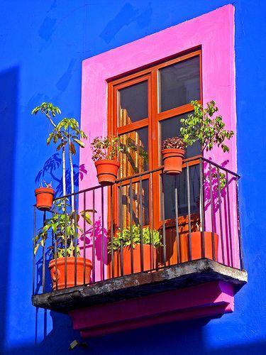 #Puebla, con sus románticos paseos, sus callecitas coloniales y sus innumerables historias es, sin dudas, uno de los sitios más bonitos de todo #Mexico.