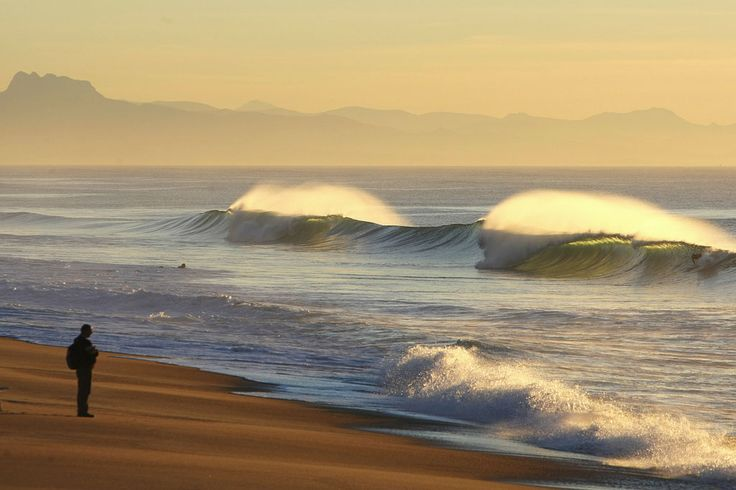 Perfect peaks in Labenne, France..!  #surfing