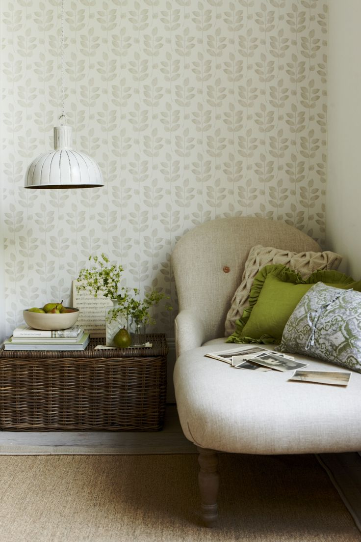 NATURAL LIVING ROOM GOODHOMES MAGAZINE SEPTEMBER 2012 STYLING EMMA CLAYTON PHOTOGRAPHY JOANNA HENDERSON
