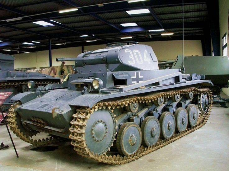 PzKpfw II Ausf C - Light tank (serial)
