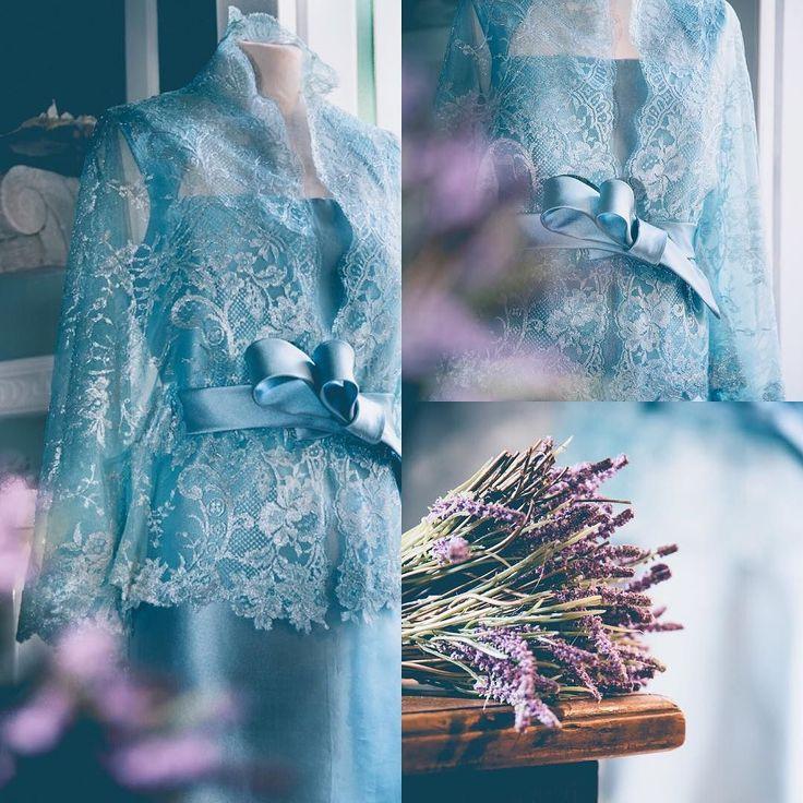 Tra le novità 2017  ph. @fabriziofedericophotographer  #newentry #sartoria #fattoamano #mammadellasposa #pizzo #sartoriale #handmade #moda #abito #altamoda #fashion #lavanda #eleganza