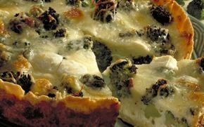 Lun tærte med ost og broccoli Smager dejligt både varm og kold - god til madpakken dagen derpå.