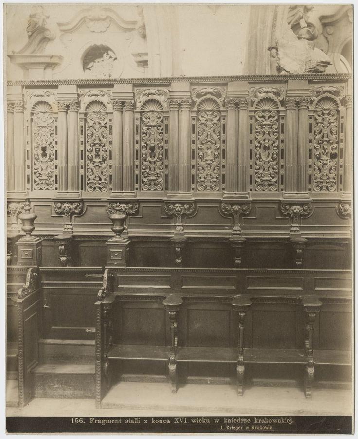 Stalle w prezbiterium katedry na Wawelu, Kraków koniec XIX w., fot. Zakład I. Krieger