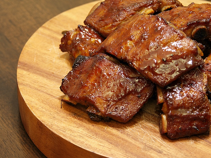 """Asian Style Hoisin Pork Ribs  Hoisin or Haixian sauce is a Chinese sauce that is made out of sweet potato, soybeans and peppers red chili peppers, a very popular flavouring in a lot of Chinese dishes such as spring rolls, Peking duck and barbecue pork. The word """"Hoisin"""" in Cantonese means seafood but despite its name this sauce does not contain any form of seafood."""