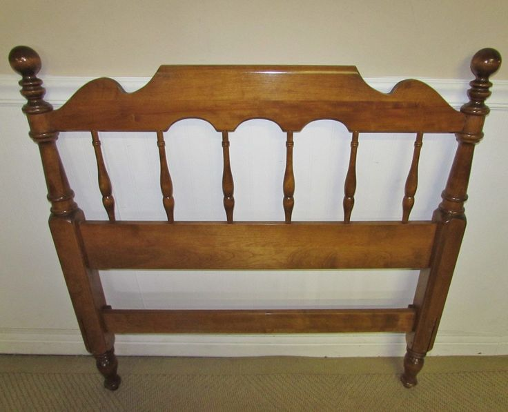 Spindle Twin Headboard