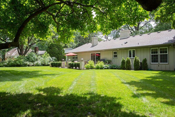 10021 El Monte St Overland Park Ks 66207 Zillow Someday House Pinterest Overland Park