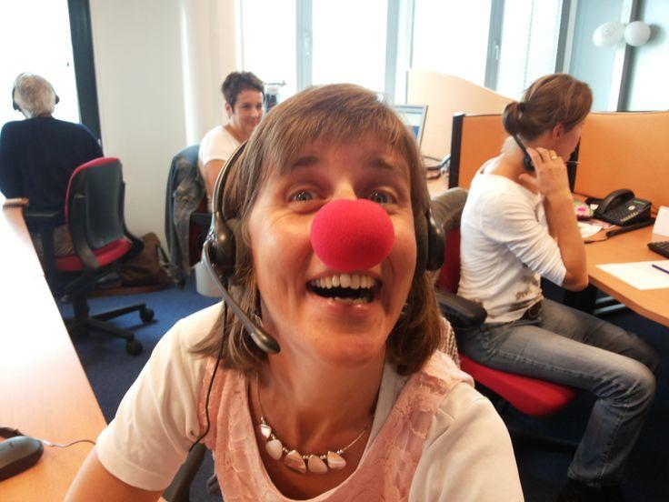 Clown Streep belt mee op de dank-je-wel dag van CliniClowns bij Christal!