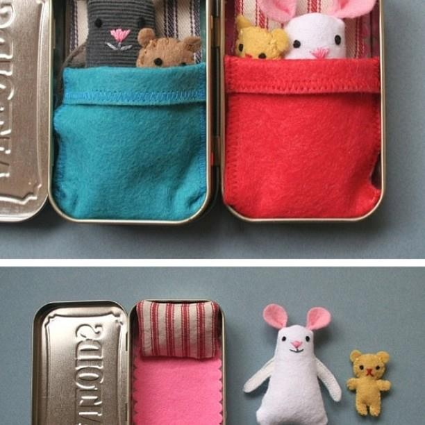 from www.recyclebank.com: turn your altoids tin into a little bed for your kid's tiny stuffed toys