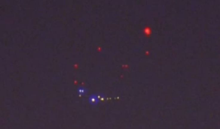 Recent UFO Sighting Over The Sky Of San Diego, California http://themoreyouknowproduction.com/recent-ufo-sighting-over-the-sky-of-san-diego-california/ #ufo #recent #sightings #sandiego #california