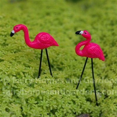 Miniature Pink Flamingo Lawn Ornaments     fairyhomesandgardens.com