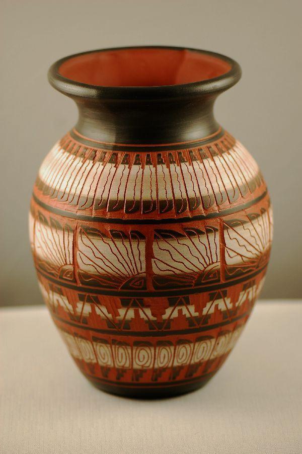 Quality Native American Pottery. Navajo Pottery.