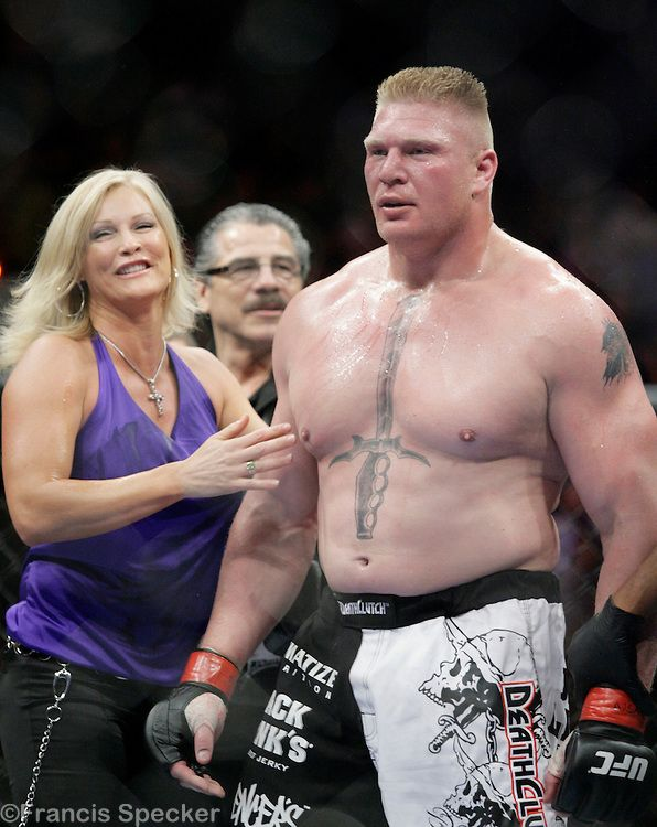 Brock Lesnar Wife – 8 photos – Morably