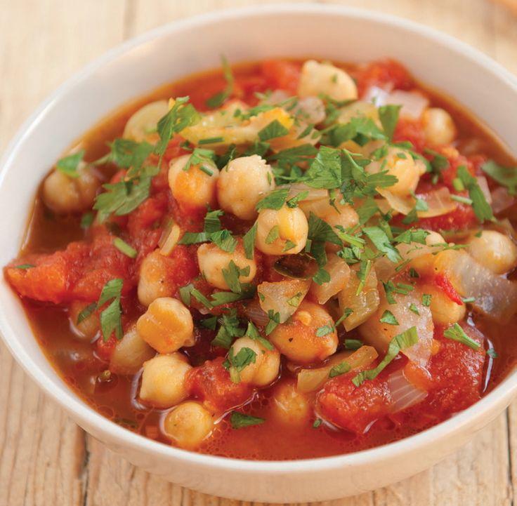 Cícerová polievka je skvelé, jednoduché a rýchle jedlo, niečo na spôsob eintopf alebo polievky hustej tak, že v nej stojí lyžica.