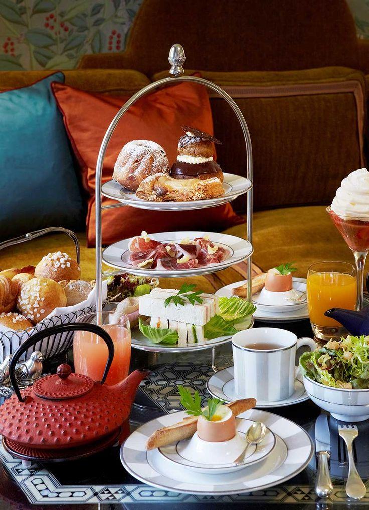 Brunch at Hôtel Daniel. Hotel and restaurant in town. France, Paris. #relaischateaux #hoteldaniel #daniel #paris #bruch #dessert