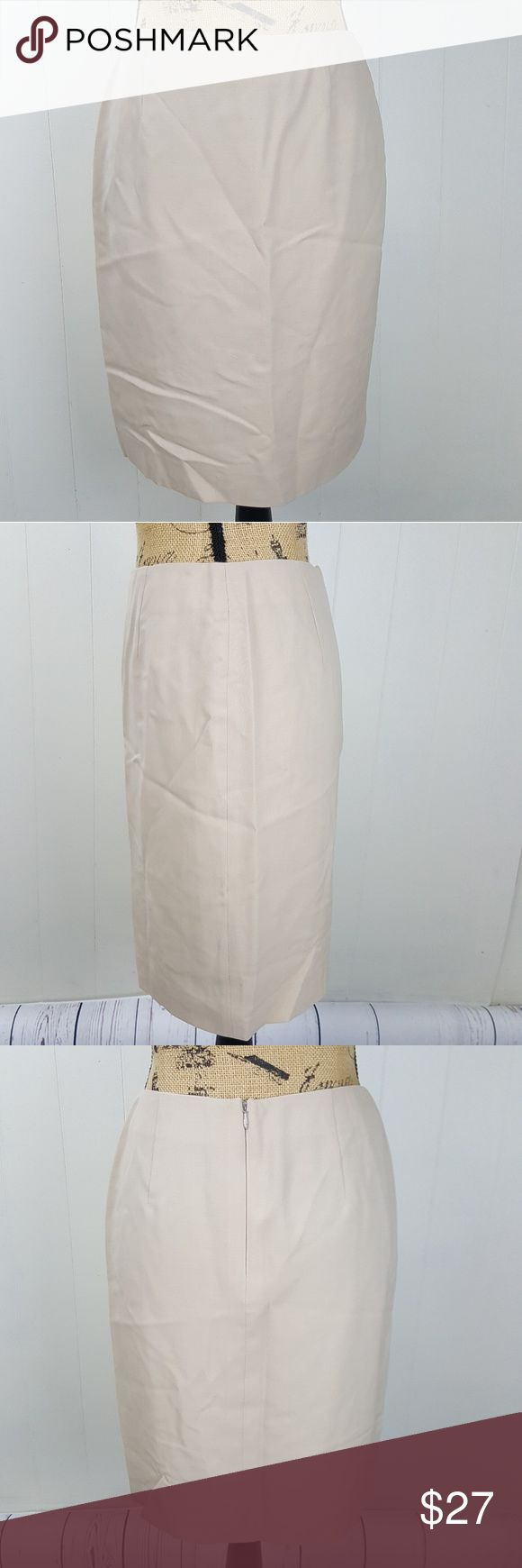 "Ralph Lauren Wool Tan Pencil Skirt Black Label 6 BRAND: Ralph Lauren  Size: 6   Condition: Very Good   Measurements:  Across 14""  Long (Waist to Bottom) 20-3/8""   Color: Tan   Material: 100% Wool Ralph Lauren Black Label Skirts Pencil"