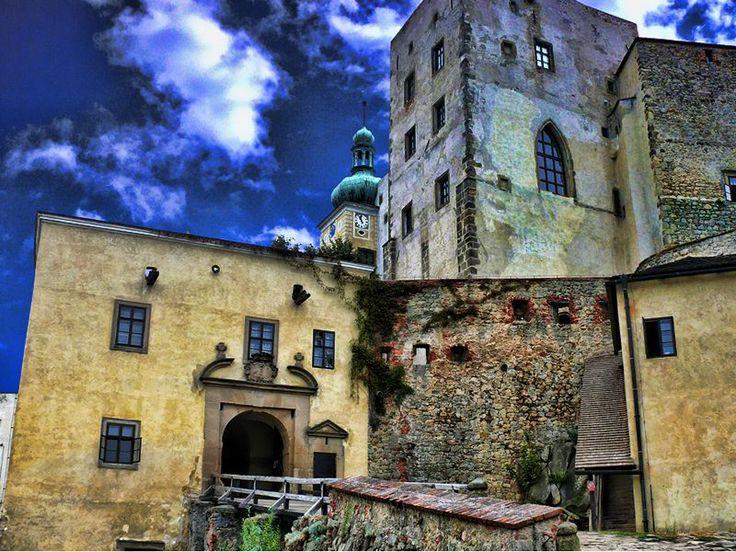 Czech Republic - Buchlov Castle #castle#fun#family#czech