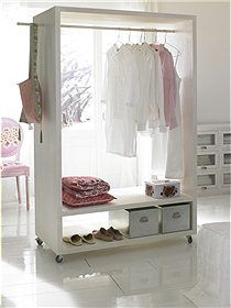 me gusta este mueble organizador de ropa portatil