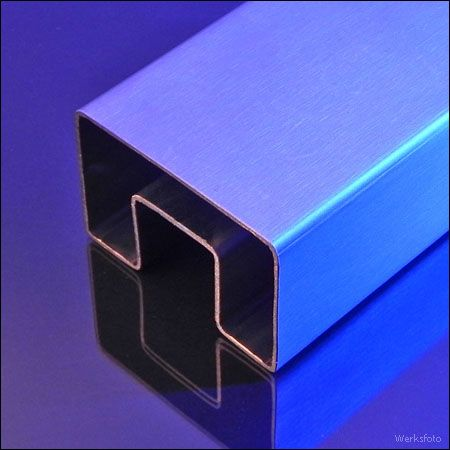 http://www.leccor.de/en/products/outdoor-indoor-lights/handrails/fiaccola-u60