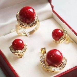 10 мм и 14 мм красный юг морские раковины жемчужные серьги ожерелье кольцо 18 К позолоченные кристалл слово женщины ювелирные изделия бесплатная доставка
