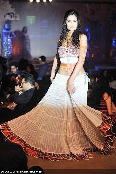 Nathalia Kaur during Rina Dhaka's fashion show in Delhi.