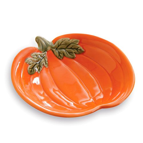 Pumpkin Shaped Dish!  This dish is so cute and only $2.50 in the outlet right now.  Perfect for fall!